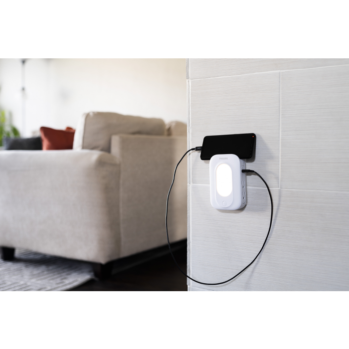 Philips 4 Outlet 2 Usb Charging Wall Tap With Surge Protection And Automatic Night Light White